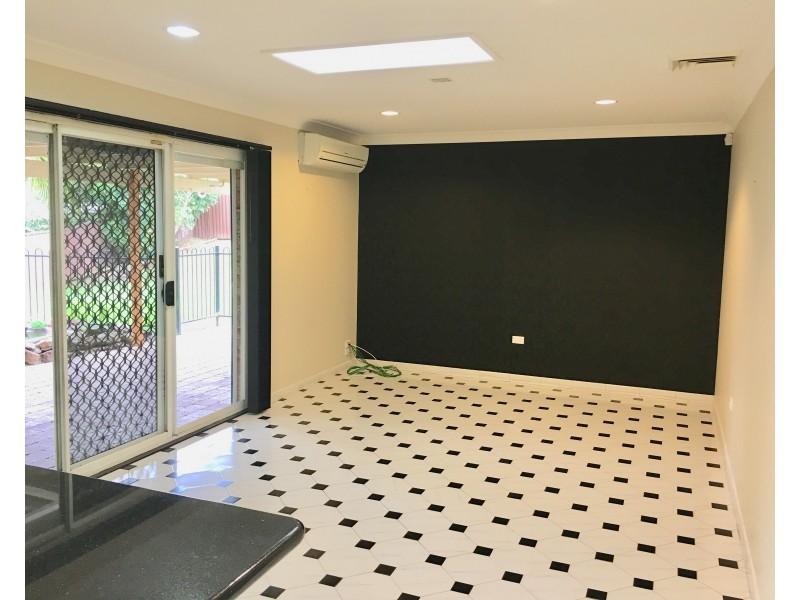 15 Unsworth Street, Abbotsbury NSW 2176