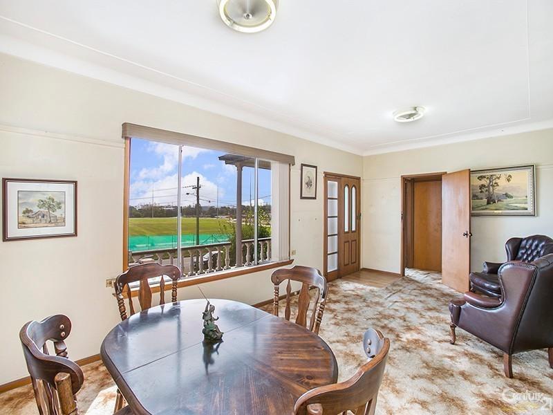 45 Hastings Avenue, Chifley NSW 2036
