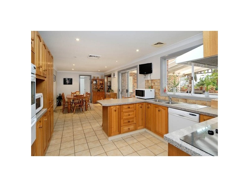 144 Brushwood Drive, Alfords Point NSW 2234