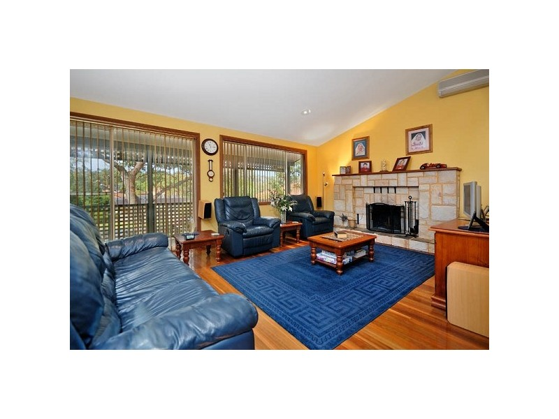 8 Tallowwood Close, Alfords Point NSW 2234