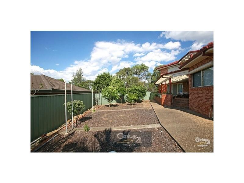 12 Nallada Pl, Alfords Point NSW 2234
