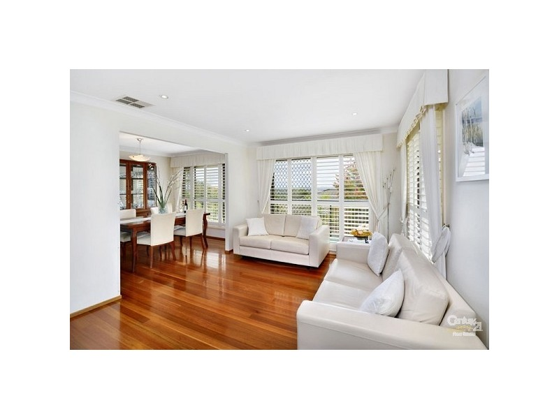 18 Hibiscus Cl, Alfords Point NSW 2234