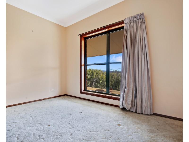 4 Mount Lindsay Drive, Orange NSW 2800