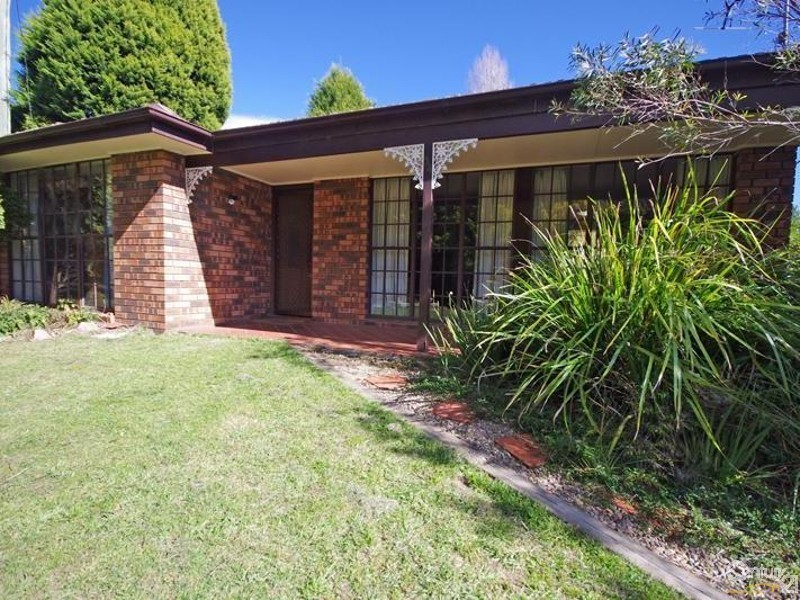34 Station St, Mount Victoria NSW 2786