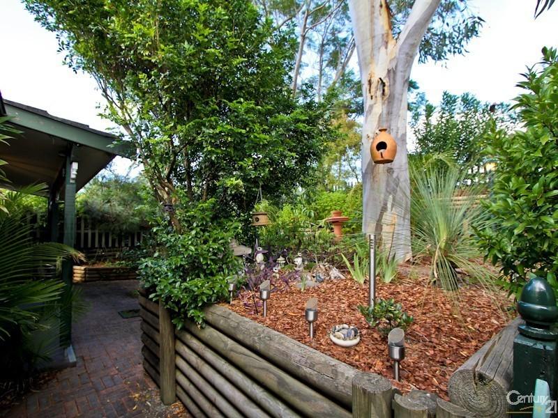 30 Auklet Road, Mount Hutton NSW 2290