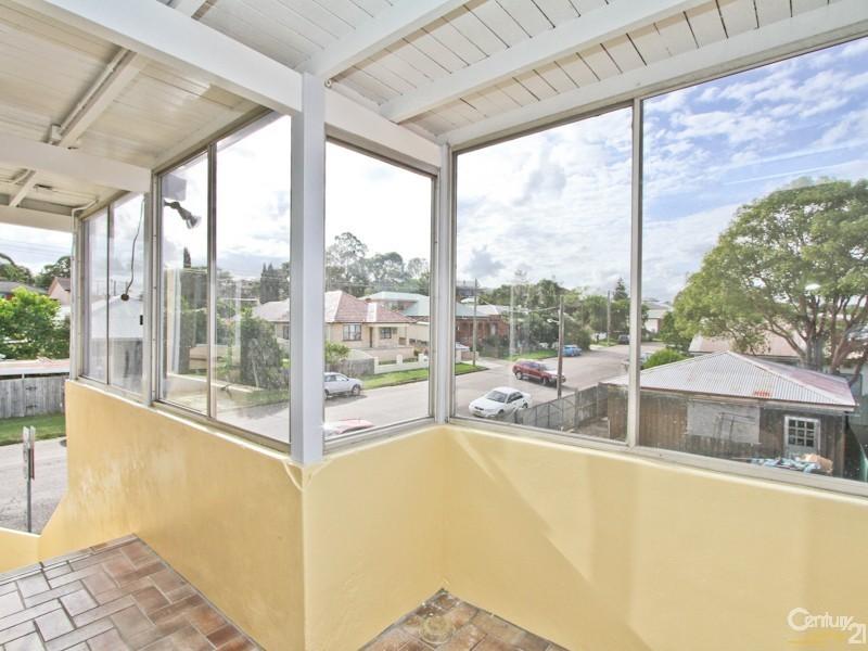 562 Glebe Road, Adamstown NSW 2289