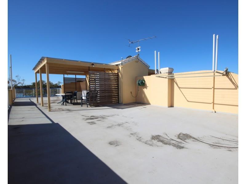 6/137 Bradman Avenue, Maroochydore QLD 4558