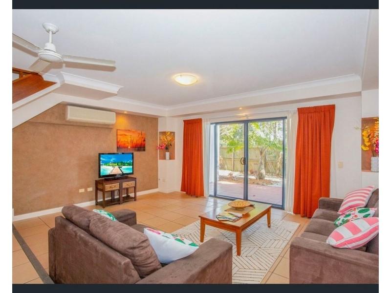 14 and 15/151-153  Mudjimba Beach Road, Mudjimba QLD 4564