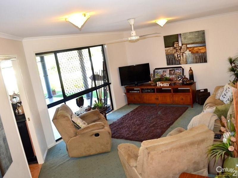 4 Kings Court, Telina QLD 4680