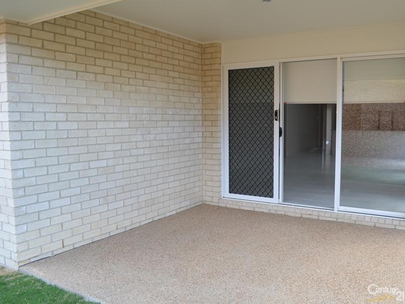 17 Peter Corones Drive Little Creek, Kirkwood QLD 4680