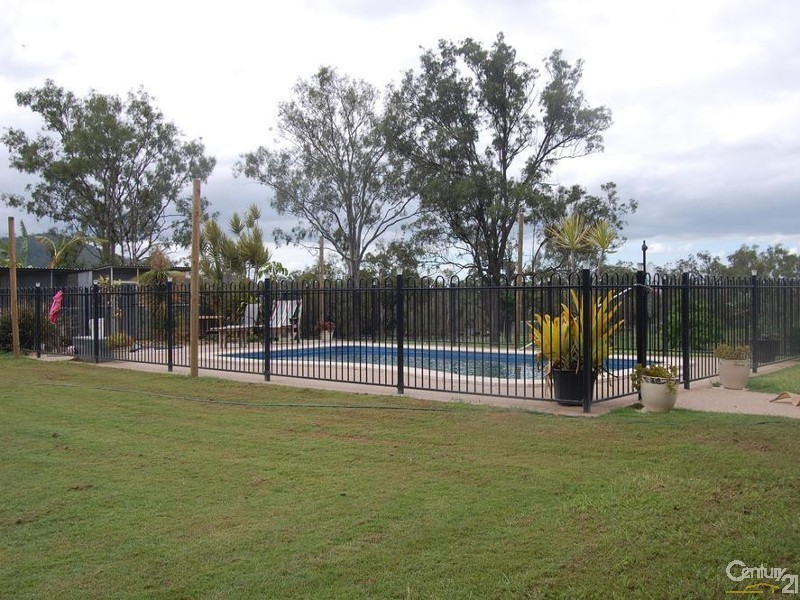 202 Callan Avenue, Kabra QLD 4702