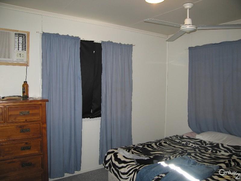 12 Acacia Street, Blackwater QLD 4717