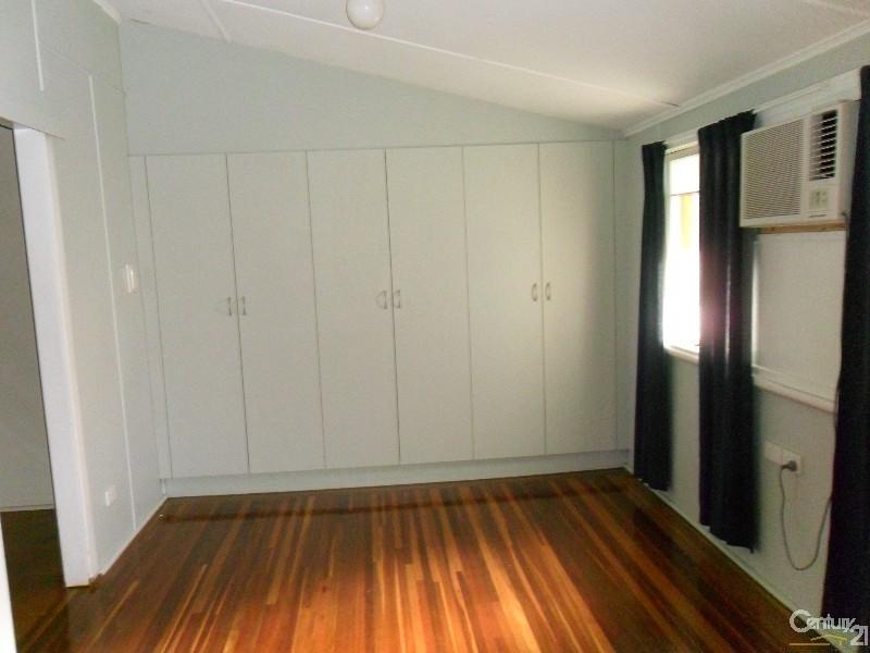 20-22 Sandalwood Street, Blackwater QLD 4717