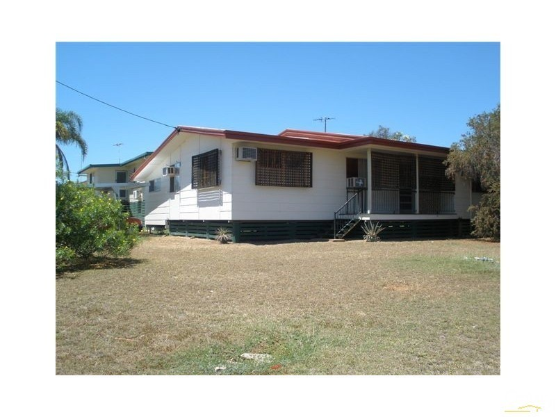 1/1 Umbrella Street, Blackwater QLD 4717