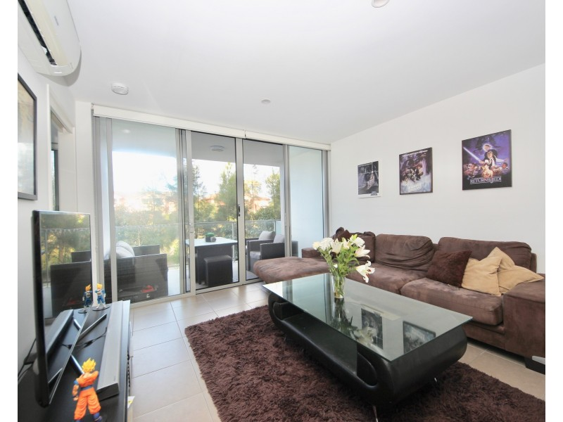 1114/6 Waterford Court, Bundall QLD 4217