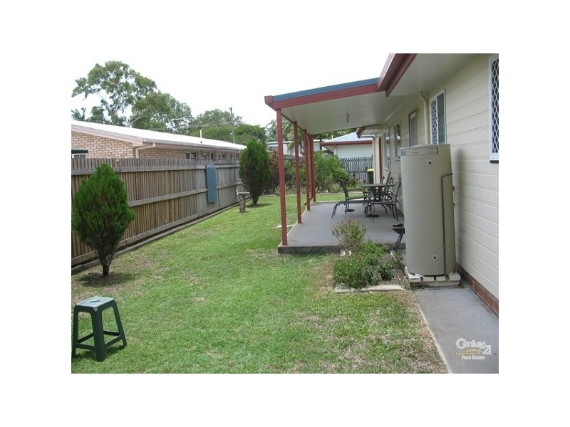 2/11 Andergrove Road, Andergrove QLD 4740
