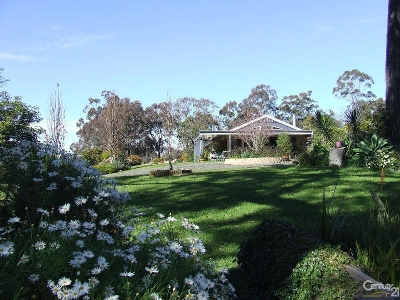 139 Church House Road, Ravensbourne QLD 4352