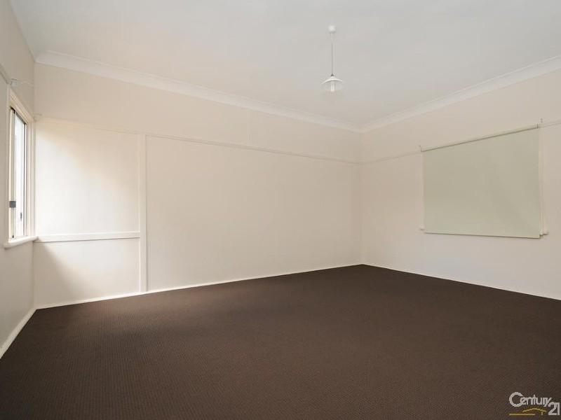 26 Ruthven Street, Harlaxton QLD 4350