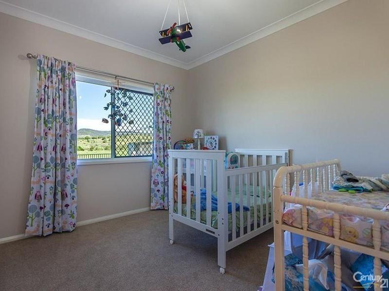 187 Topps Road, Flagstone Creek QLD 4344