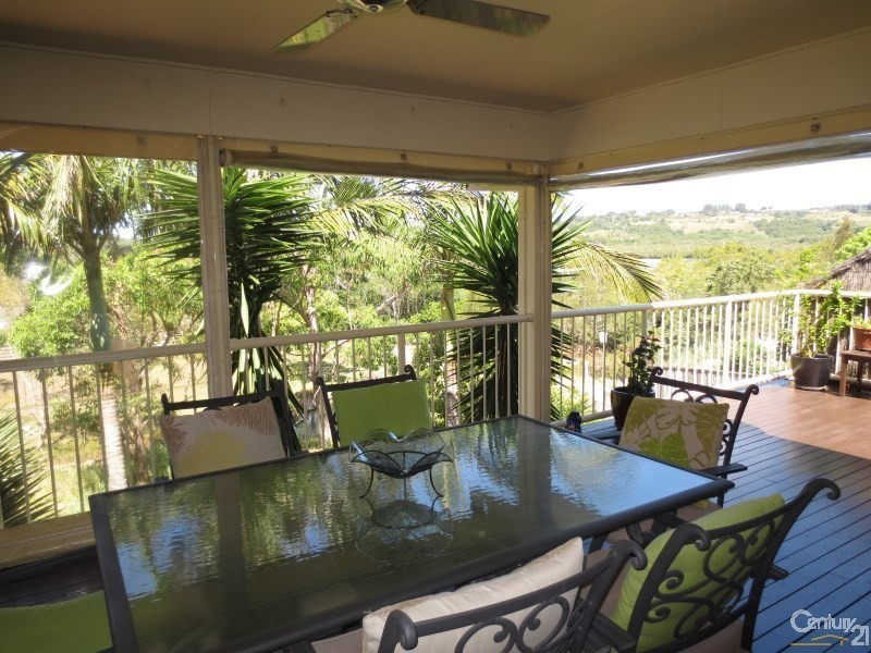 11 Daintree Close, Banora Point NSW 2486