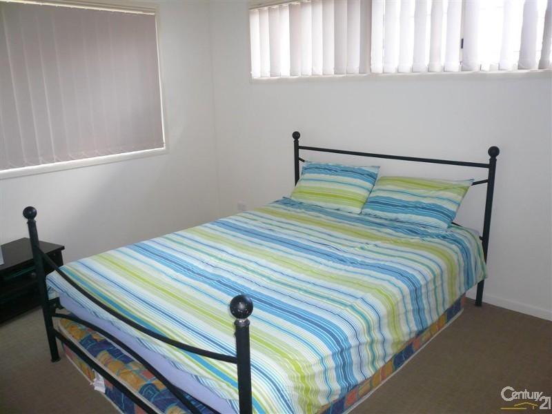 6 Glenmorris Street, Walkervale QLD 4670