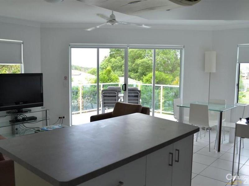 7/52 Johnson Street, Bargara QLD 4670