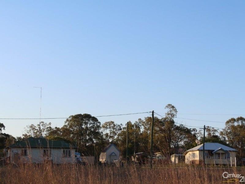 4  Fairy Street, Abercorn QLD 4627
