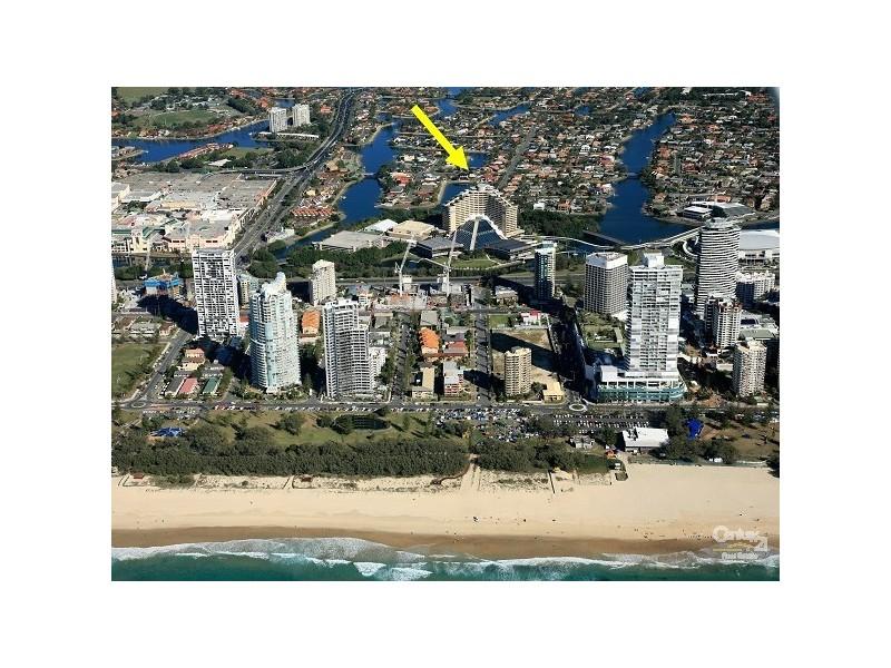 1/2 Sunshine Bvd, Broadbeach Waters QLD 4218