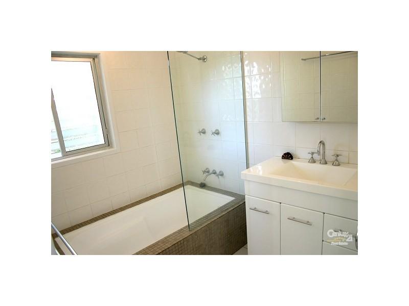 331 Duthie Avenue, Frenchville QLD 4701