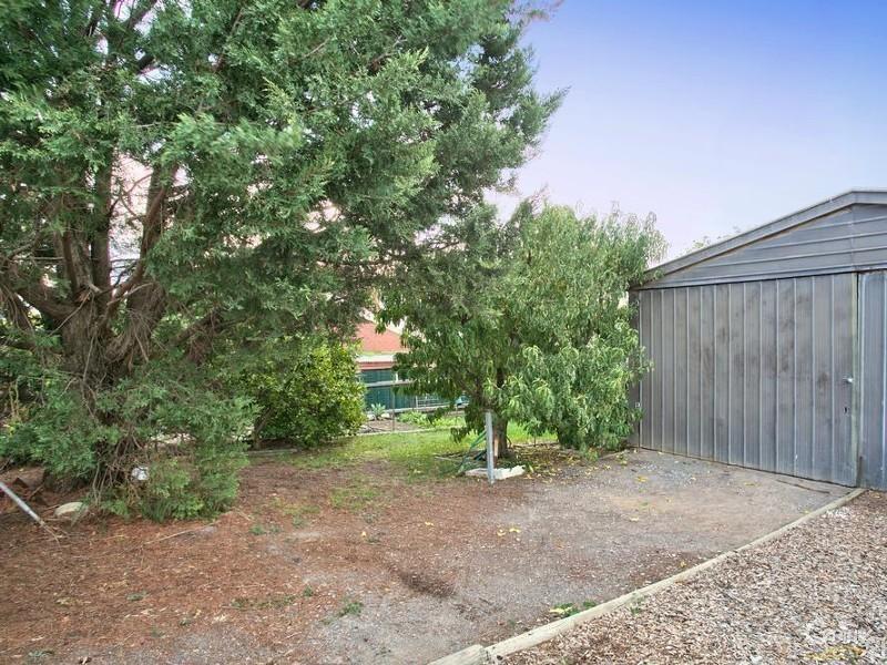 10 Kooraweera Street, Hallett Cove SA 5158