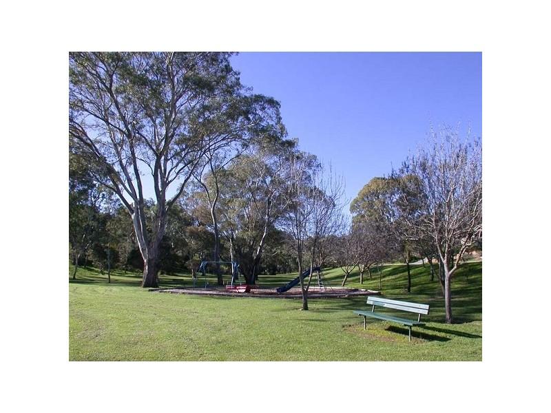 4 Peppermint Grove, Aberfoyle Park SA 5159