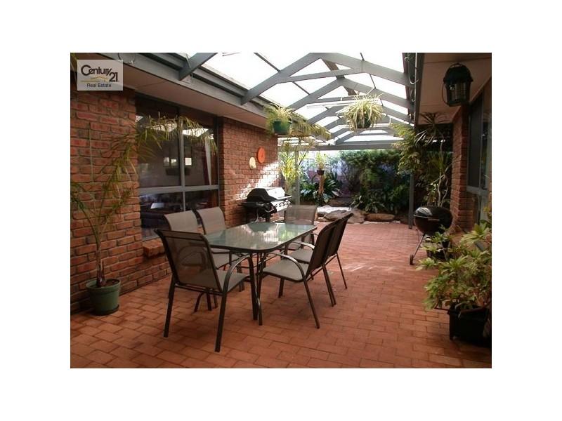 2 Douglas Fir Court, Aberfoyle Park SA 5159