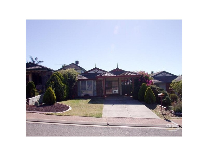 6 Bennett Close, Aberfoyle Park SA 5159