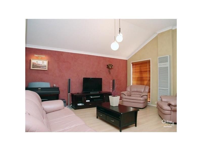 1 Corrie Place, Aberfoyle Park SA 5159
