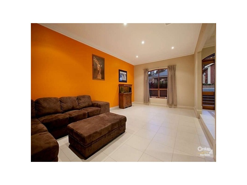 11 Cinnamon Way, Aberfoyle Park SA 5159