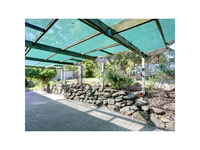 19 Sunnymeade Drive, Aberfoyle Park SA 5159