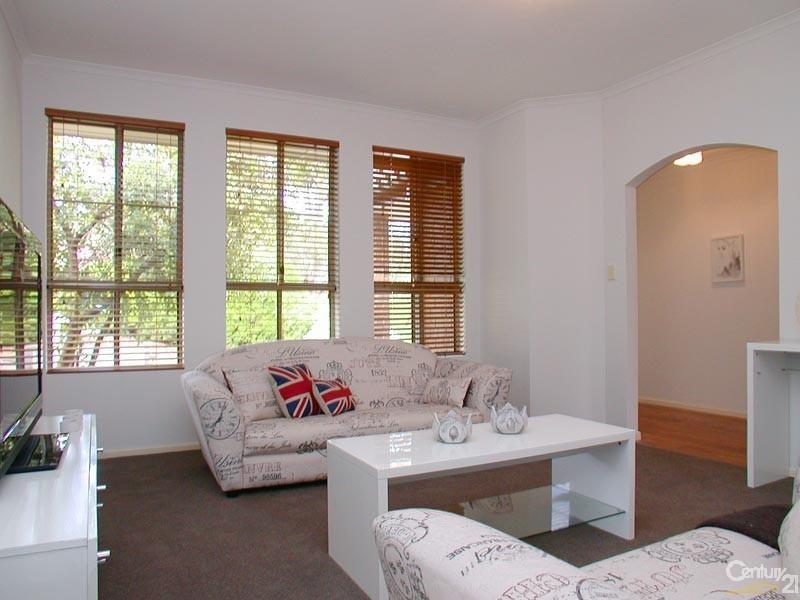 33 Homestead Drive, Aberfoyle Park SA 5159