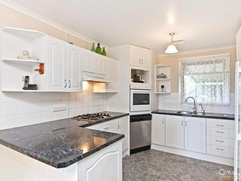 26 Pennant Street, Aberfoyle Park SA 5159