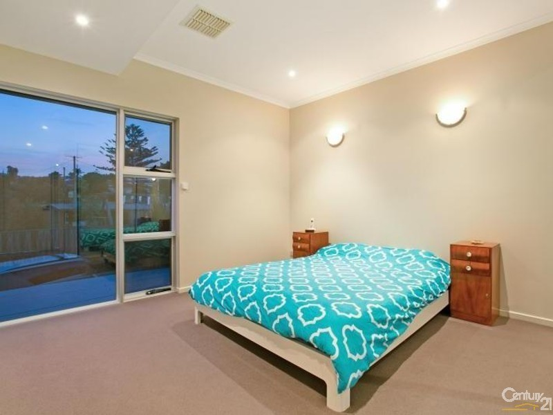 62 Roy Terrace, Christies Beach SA 5165