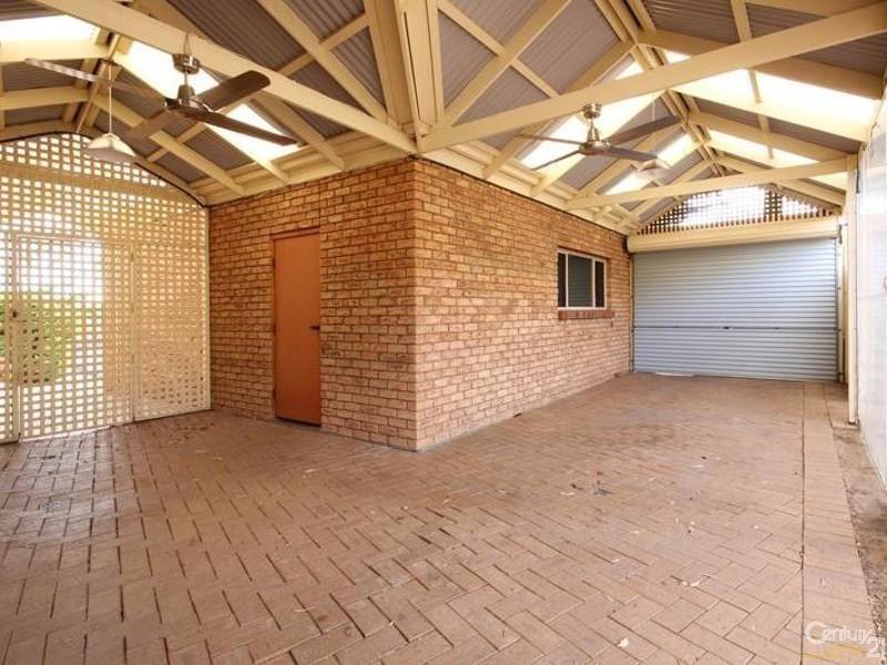 8 Springwood Court, Aberfoyle Park SA 5159