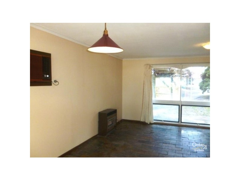 36 Oakridge Road, Aberfoyle Park SA 5159