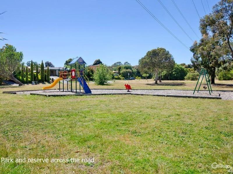 6 Elmgrove Street, Aberfoyle Park SA 5159