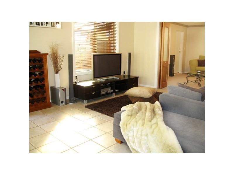 10 Tandy Street, Aberfoyle Park SA 5159