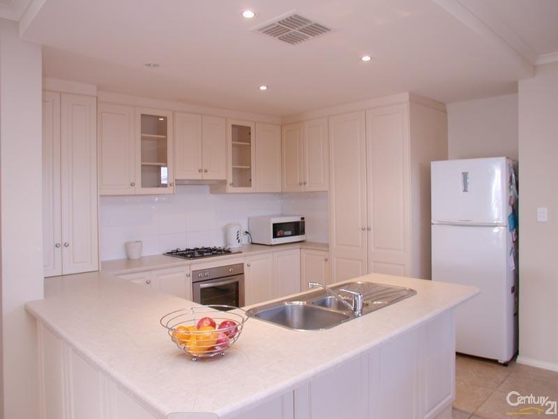 18 Basin Street, Aldinga Beach SA 5173