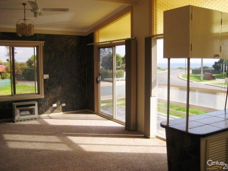 8 Quinliven Road, Aldinga Beach SA 5173