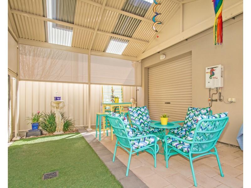 2 Whinnerah Avenue, Aldinga Beach SA 5173