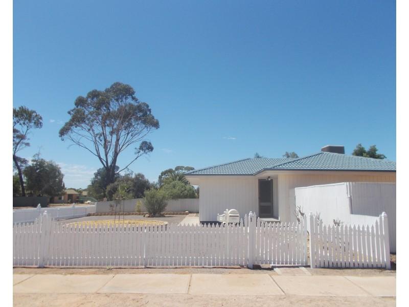 1 Kirwan Crescent, Port Augusta West SA 5700