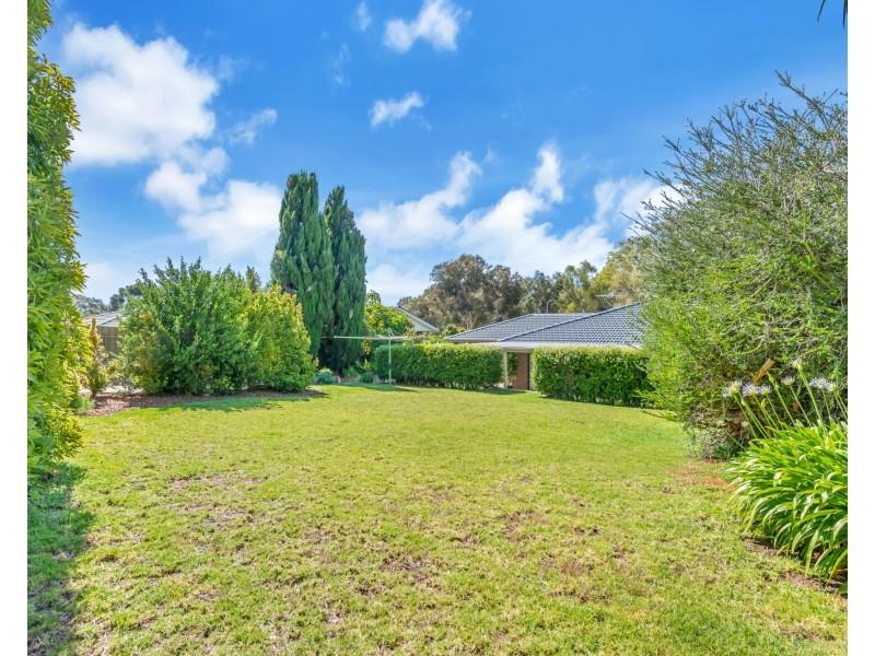 3 Upper Penneys Hill Road, Onkaparinga Hills SA 5163