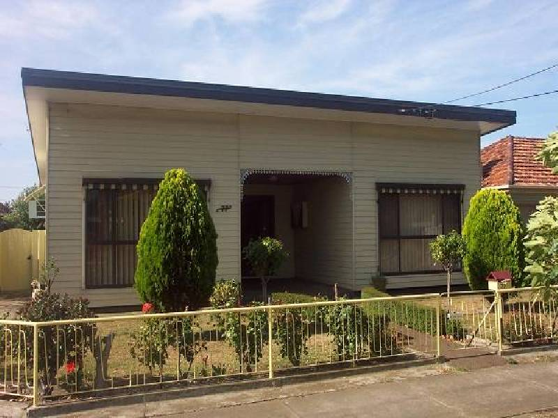 77 Civic Pde Altona, Altona VIC 3018