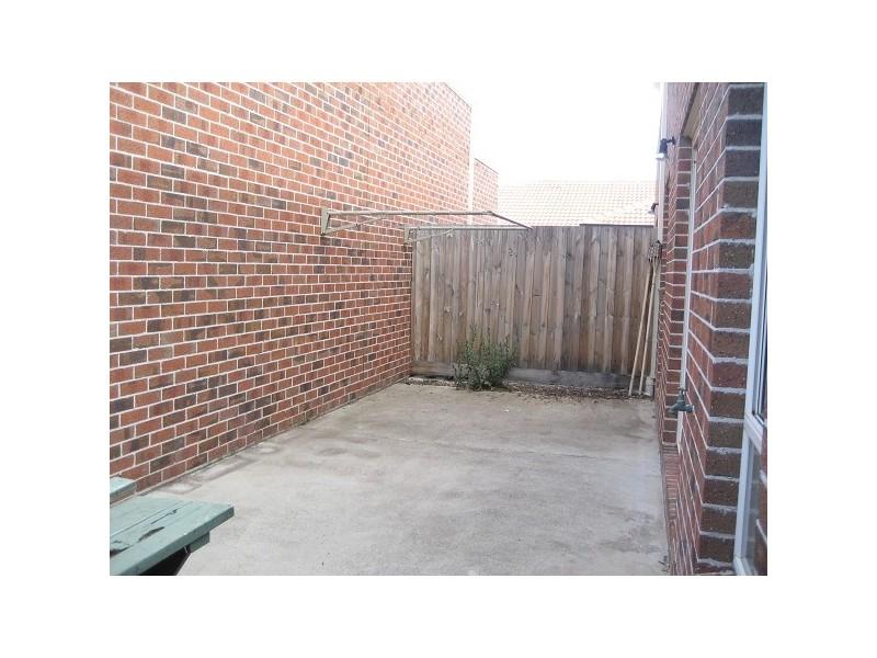 3/5 Hosken Street, Altona Meadows VIC 3028